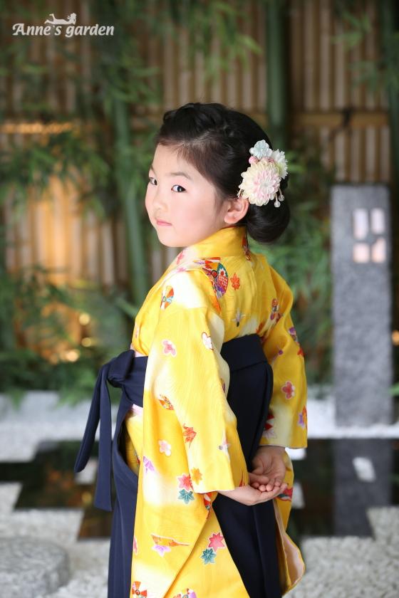 東京近郊にあるアンズガーデン新東京店で、幼稚園卒業袴の撮影をされたお客様