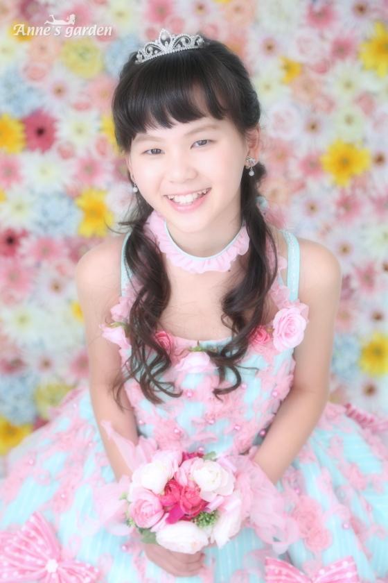 東京近郊にあるアンズガーデン新東京店で、1才記念の撮影をされたお客様