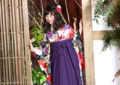 アンズガーデン市川店で、小学校卒業袴の前撮りをされたお客様